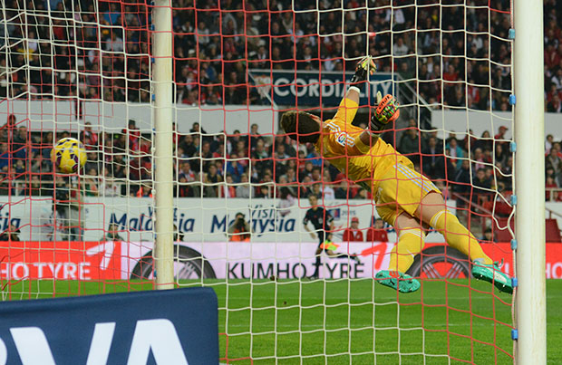 DN127_0036 Gol_Pareja Sevilla-Celta QPV ene15