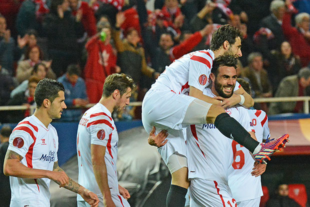 DN127_1022b Iborra Sevilla-Borussia QPV feb15
