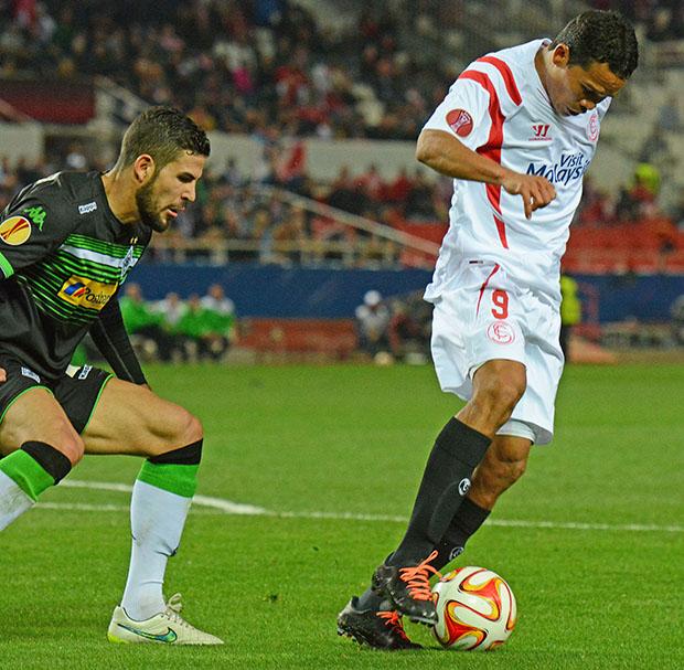 DN127_1024 Bacca Sevilla-Borussia QPV feb15