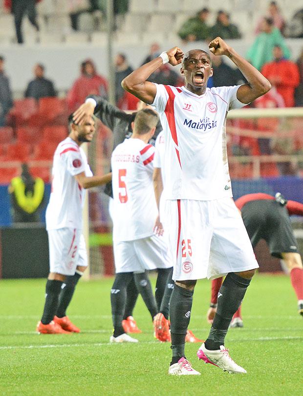 DN127_1408 Mbia Sevilla-Villarreal QPV mar15