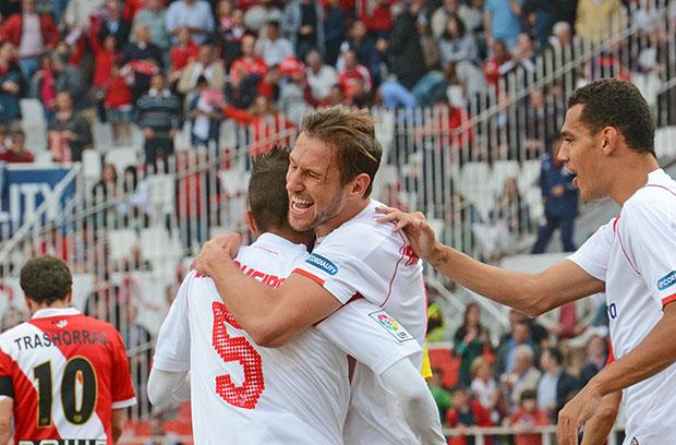 DN128_0682 Krychowiak Sevilla-Rayo QPV abr15