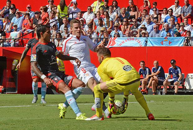 DN129_1626 Gameiro Sevilla-Celta QPV sep15