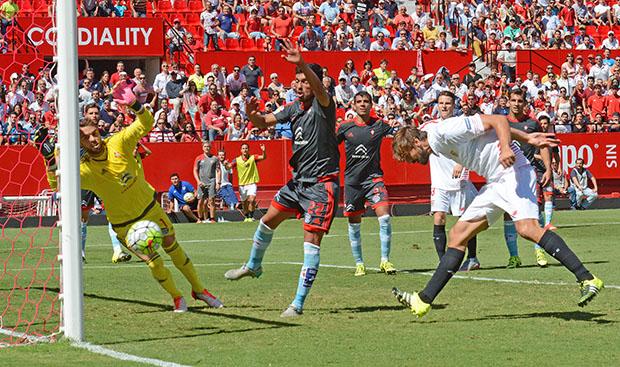 DN129_1687 Llorente Sevilla-Celta QPV sep15