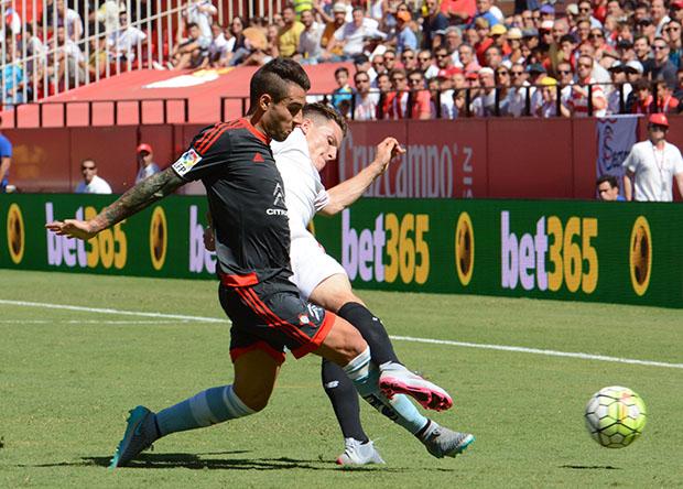 DN129_1719b Gameiro Sevilla-Celta QPV sep15