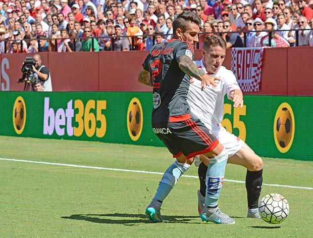 DN129_1748b Gameiro Sevilla-Celta QPV sep15