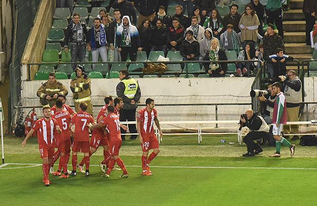 DN131_0159 Krychowiak Betis-Sevilla QPV ene16