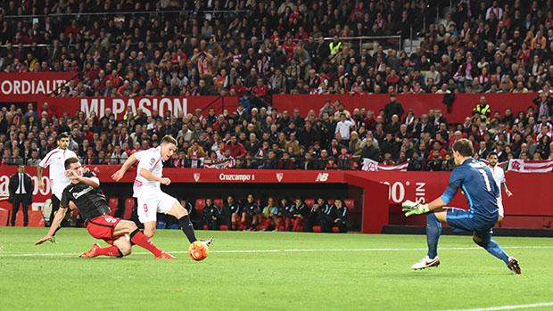 DN131_0336 Gameiro Sevilla-Athletic QPV ene16