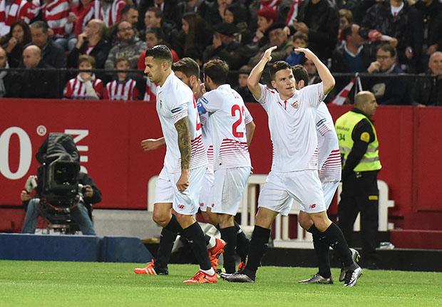 DN131_0352 Gameiro Sevilla-Athletic QPV ene16