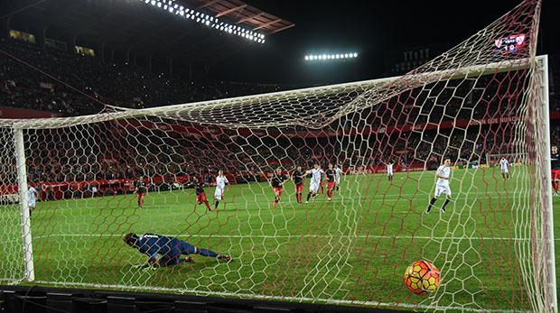 DN131_0411 Gameiro Sevilla-Athletic QPV ene16