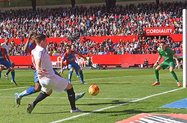 DN131_1095 Gameiro Sevilla-Levante QPV ene16