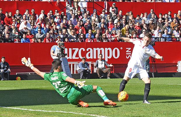 DN131_1158 Gameiro Sevilla-Levante QPV ene16