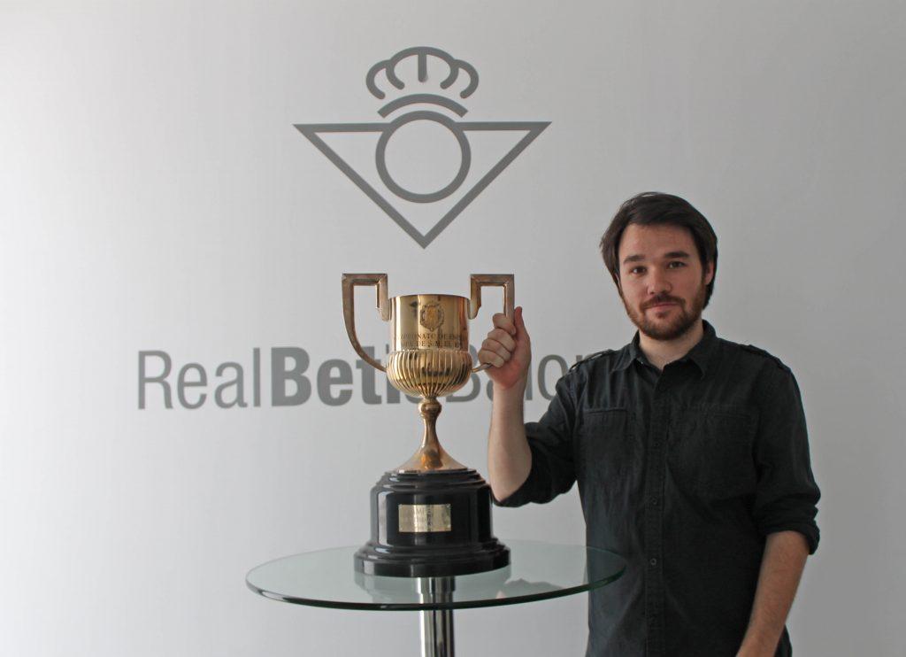 Carlos García Urbano, periodista sevillano, gestor de @Beticismo.