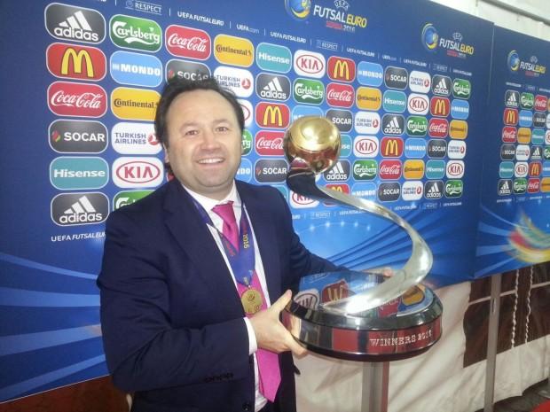 Fede Vidal, segundo entrenador de la selección española, homenajeado por el  Real Betis FSN | Number 1 Sport | Periódico Deportivo Digital